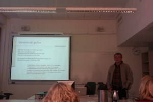 Visarkivets chef Dan Lundberg pratar om fängelsesånger som identitetsmarkör.