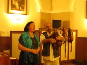Katalin Juhász och Zoltán Szabó deltog i konferensen som både musiker och forskare. Foto: Ingrid Åkesson