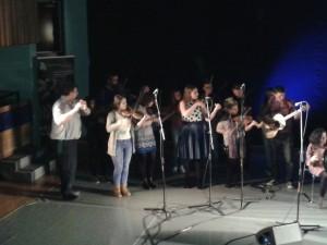 Lärare och studenter vid kurser i irländsk musik och dans vid the Irish World Academy stod för konferensens musikinslag. Foto: Ingrid Åkesson