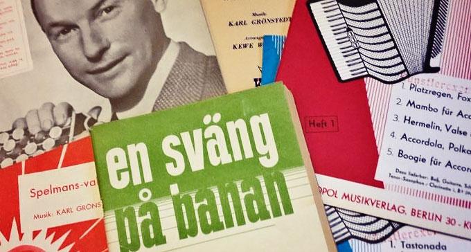 Tryckta dragspelsnoter i Svenskt visarkivs samlingar.