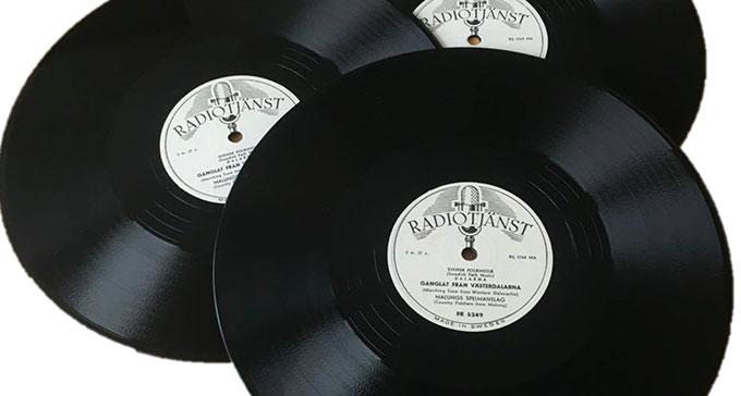 Mellan 1949 och 1953 gav Radiotjänst ut ett 30-tal skivor med folkmusik