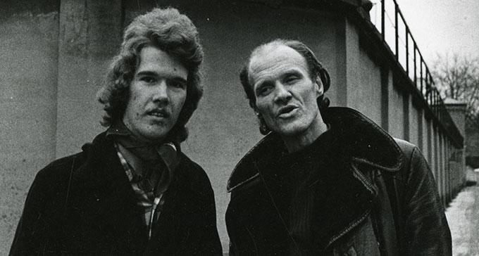 Robert Robertsson och Konvaljen utanför Långholmen 1973. Bilden togs för att användas på en affisch och i pressmaterial. Foto: Allan Larson.