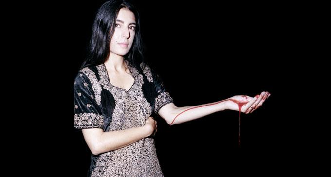 Pressbild på Mariam Wallentin som spelar på Swedish Energies: EMS in NYC 2013.