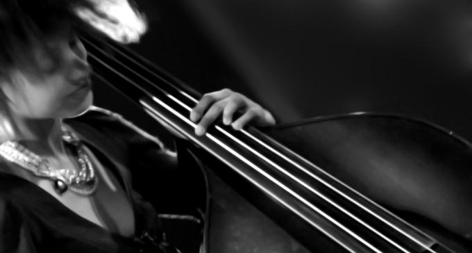 Esperanza Spalding – prisad jazzbasist. Foto: Paolo Turini/FLickr (CC)