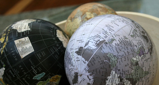 Jordglobar i en skål. Foto: Matthew Allard/Flickr (CC)
