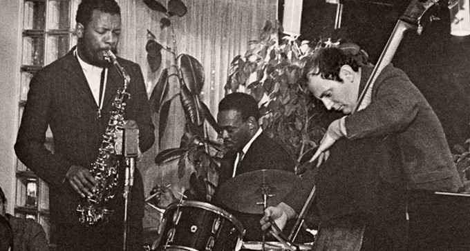 Ornette Coleman Trio på Gyllene Cirkeln hösten 1965. Foto: Christer Landergren