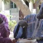 Algi M'bye (till höger) från National Centre for Arts and Culture (NCAC) är en av initiativtagarna till projektet