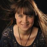 Daniela Nyström får pris för enastående pedagogisk gärning. (Foto: Stefan Hägglund)