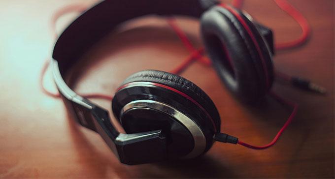 Lyssna på godbitar ur Caprice Records utgivning från 2016.